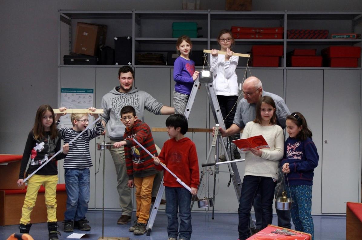 Physik AG der Andersenschule in Eberstadt