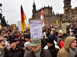 pegida-demonstration-dresden-540x304