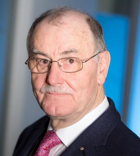 Univ.-Prof. em. Dr. Manfred Becker