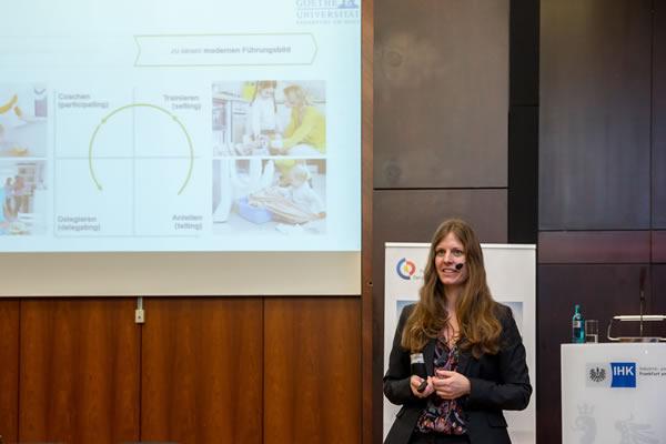 Keynote Dr. Nina Junker